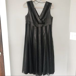 Adrianna Papell Black Striped A Line Midi Dress